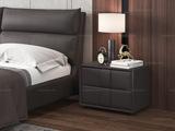 皮坊工艺 现代简约 扪布 咖啡色床头柜