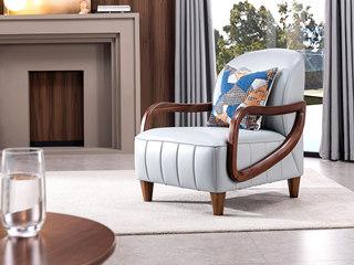 意式极简 时尚造型 皮艺 精品胡桃木 柔软座包 极致舒适 实木扶手 休闲椅